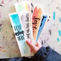 """Totally Awesome DIY Bookmarks I love a good book–I used to read all the time-but I""""m the type that gets so wrapped up in a good book that I literally neglect EVERYTHING until I finish the book! So maybe I need to craft me up some cute bookmarks so I would Creative Bookmarks, Cute Bookmarks, Diy Crafts Bookmarks, Diy Marque Page, Craft Projects, Projects To Try, Diy Cadeau, Diy And Crafts, Watercolor Art"""