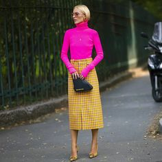 The Best Street Style From Milan Fashion Week Moda Instagram, Star Fashion, Love Fashion, Fashion Outfits, Womens Fashion, Fashion Week 2018, Milan Fashion Weeks, Fashion Colours, Colorful Fashion