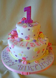 Bows and Circles First Birthday Cake - Bows and Dots First Birthday Cake - PJ x