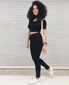 Ideas for hair curly black outfit Style Outfits, Casual Outfits, Cute Outfits, Outfit Instagram, Looks Black, Hipster, Teen Fashion, Womens Fashion, Punk