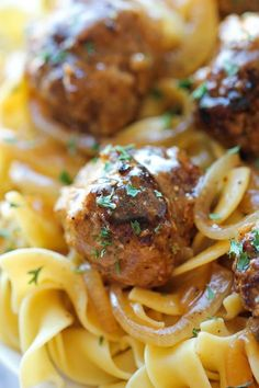 Salisbury Steak Meatballs - Easy, simple and so comforting. It& so good, the family will be begging for seconds and thirds! Salisbury Steak Meatballs - Easy, simple and so comforting. Its so good, the family will be begging for seconds and thirds! Beef Dishes, Pasta Dishes, Food Dishes, Main Dishes, Meat Recipes, Dinner Recipes, Cooking Recipes, Meatball Recipes, Salisbury Steak Meatballs