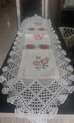 caminho-de-mesa-de-croche-bordado-com-ponto-cruz-968811-MLB20646421330_032016-F.jpg (576×960)