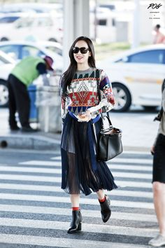 Victoria Song from f(x) @ Airport