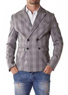 http://www.vittogroup.com/categoria-prodotto/uomo/stilisti-brands-uomo/phonz-says-black