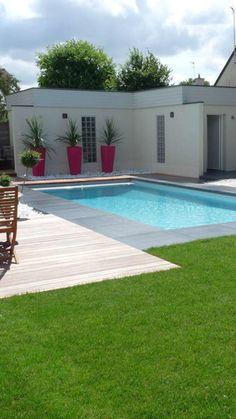 Glass Pool Fencing, Pool Fence, Swimming Pool Landscaping, Small Backyard Pools, Ibiza, Kidney Shaped Pool, Fiberglass Swimming Pools, Jacuzzi, House Design