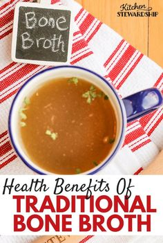 and Nutrition Benefits of Real Homemade Chicken Stock (aka Bone Broth) Health benefits of traditional bone broth - a real food staple.Health benefits of traditional bone broth - a real food staple. Calendula Benefits, Matcha Benefits, Lemon Benefits, Tomato Nutrition, Health And Nutrition, Health Tips, Kids Health, Gut Health, Fitness Nutrition