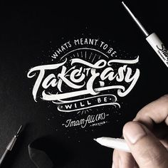 Selamat pagi, selamat hari jum'at ✌️️ #handlettering #lettering #typography #sketchdaily #sketch Brush Lettering Worksheet, Doodle Lettering, Lettering Styles, Typography Letters, Typography Logo, Lettering Design, Schrift Design, Hand Lettering For Beginners, Creative Typography Design