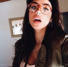 Glasses   IG: Avaalanee