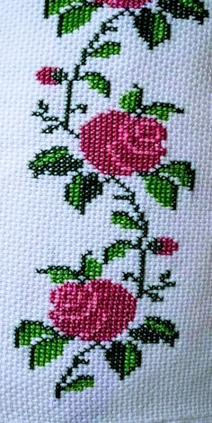 1 million+ Stunning Free Images to Use Anywhere Cross Stitch Borders, Cross Stitch Rose, Cross Stitch Flowers, Cross Stitch Designs, Cross Stitch Embroidery, Hand Embroidery, Cross Stitch Patterns, Embroidery Designs, Lace Knitting Patterns
