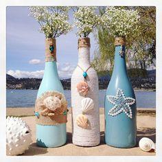 Super ideas for wedding beach diy wine bottles Recycled Wine Bottles, Painted Wine Bottles, Decorated Bottles, Glass Bottle Crafts, Wine Bottle Art, Bottle Lamps, Beer Bottles, Beach Theme Centerpieces, Glass Centerpieces