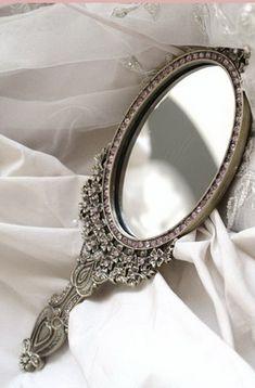 Mirror. http://cagedcanarynz.blogspot.co.nz/
