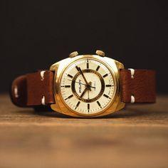 Very very rare watch Vintage watch Poljot watch watches for | Etsy Retro Watches, Vintage Watches, Watches For Men, Russian Men, Swiss Design, Nato Strap, Mechanical Watch, Watch Case, Watch Brands