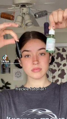Edgy Makeup, Makeup Inspo, Makeup Tips, Makeup Ideas, Graphic Makeup, Cool Makeup Looks, Kiss Makeup, Aesthetic Makeup, Freckles
