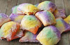 Best Brunch Recipes, Best Dessert Recipes, Fun Desserts, Cake Recipes, Banana Yogurt Muffins, Rainbow Layer Cakes, Beignet Recipe, King Cake Recipe, Mardi Gras Food