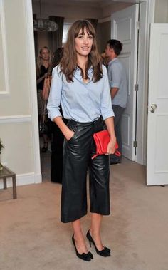 Keep up to date with all the latest Fashion news, with exclusive features, stories, videos, and opinion pieces. Look Fashion, Fashion News, Fashion Outfits, Womens Fashion, Fashion Trends, Latest Fashion, Coulottes Outfit, Leather Culottes, Leather Pants