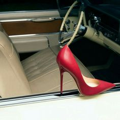 Jimmy Choo ANOUK pump in racing red