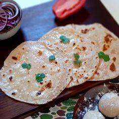 Csapáti - az egyik legegyszerűbb indiai lepénykenyér - Helló Curry! Hummus, Curry, Ethnic Recipes, Blog, Curries, Blogging
