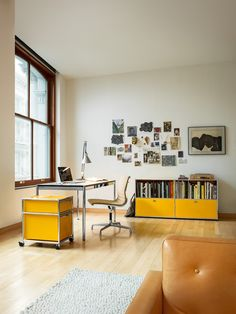 Nice office setup with Eames Aluminum Group chair