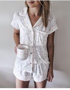 cute pajamas cozy pj's Sara la noticia del día Satin Pyjama Set, Satin Pajamas, Pajama Set, Cozy Pajamas, Summer Pajamas, Cute Sleepwear, Loungewear, Pijamas Women, Pajamas For Teens