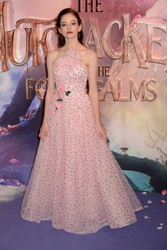 Mackenzie Foy, Helen Mirren, Christopher Nolan, Keira Knightley, Twilight Saga, I Love Fashion, Fashion Show, Beautiful Actresses, Vestidos