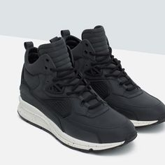 Image 3 of HIGH TOP SNEAKERS WITH TECHNICAL DETAILS from Zara