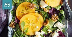 Persimoni ja juustot sopivat yhdessä niin juustotarjottimelle kuin salaattiinkin. Cantaloupe, Menu, Fruit, Food, Menu Board Design, Essen, Meals, Yemek, Eten