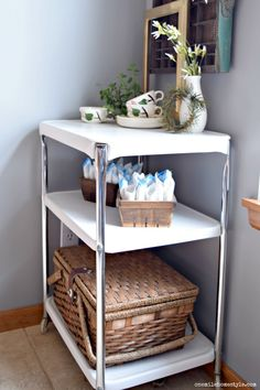 How to restore a rusty flea market rolling cart back to it's original vintage charm