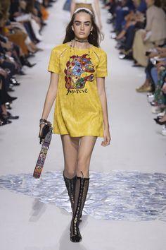 Christian Dior #VogueRussia #readytowear #rtw #springsummer2018 #ChristianDior #VogueCollections