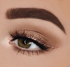 eye shadow with winged eyeliner, The post Contoured eyeshadow with winged eyeliner, … appeared first on Fox. eye shadow with winged eyeliner, The post Contoured eyeshadow with winged eyeliner, … appeared first on Fox. Makeup Eye Looks, Cute Makeup, Smokey Eye Makeup, Simple Makeup, Easy Makeup, Natural Makeup, Natural Beauty, Gorgeous Makeup, Awesome Makeup