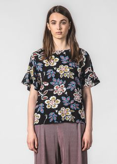 THING THING - DILLY TOP HIBISCUS Thing Thing, Classic Chic, Hibiscus, Floral Tops, Blouse, Pretty, Sleeves, Beautiful, Women