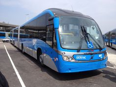 Bi-articulated bus Volvo/Neobus Mega BRT, Rio de Janeiro, Brazil