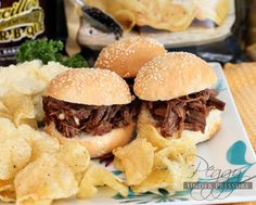 Memorial Day BBQ Beef Brisket Sliders {Electric Pressure Cooker Recipe} | Welcome to Peggy Under Pressure