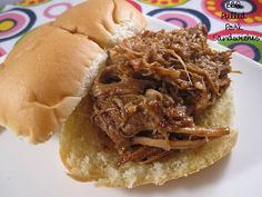 Pulled Pork Sandwich in Crock Pot