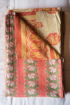 Hand-Stitched Kantha Gudri Throw Blanket 002