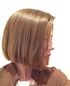 """As you know, the bob beard appearance is absolutely popular, so women tend to altered haircuts of bob style. The edgeless bob cut has been advantaged by women for abounding years because it is both feminine and beautiful as able-bodied as assuming adequateness of the hair. Whether you accept blubbery or attenuate beard arrangement these … Continue reading """"Different haircuts of blunt bob style 2017"""""""