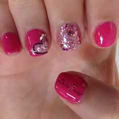 Valentines day hearts love nail art Funky Nails, Love Nails, Nails Design, Nail Art Designs, Gel Pedicure, Valentines Day Hearts, Nail Ideas, Holidays, Colors