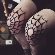 Webs! If you'd like something similar to this please send me an email to shannonhodgkin@gmail.com
