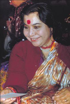 Shri Devi  | Mataji Shri Nirmala Devi Pictures