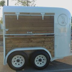 Quirky Group - The Pour Horse, Mobile Bar in Texas - Mobile Bar, Food Trucks, Texas, Converted Horse Trailer, Horse Box Conversion, Coffee Food Truck, Mobile Coffee Shop, Coffee Trailer, Mobile Catering