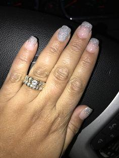 SNS ombré manicure