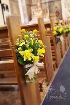spring pew end jar Pew Flowers, Church Flowers, Easter Flowers, Spring Flowers, Wedding Flowers, Church Pew Decorations, Wedding Decorations, Table Decorations, Wedding Ideas