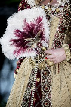 A collection of the best clothes from the Renaissance period to return to the…