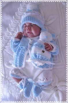 Rock a bye baby pic HEZKÝ VĚCI BEZ NÁVODU Angies Angels patterns - exclusive designer knitting and crochet patterns for your precious baby or reborn dollsThis Pin was discovered by SlmGreat prices on your favourite Baby brands plus free delivery a Baby Cardigan Knitting Pattern Free, Baby Boy Knitting Patterns, Crochet Baby Cardigan, Baby Hats Knitting, Baby Patterns, Free Knitting, Boy Crochet, Knitted Baby Clothes, Baby Doll Clothes