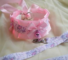 Kitten play collar and leash set  Sweet Antoinette  pink