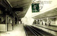 Station du métro Bel Air.