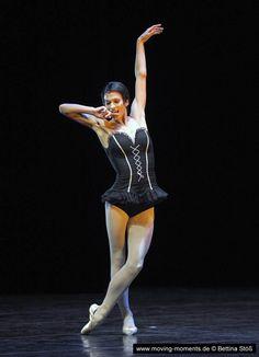Polina Semionova in Roland Petit's Carmen during the Staatsballet Berlin Ballet gala 2011. Photo by Bettina Stöß