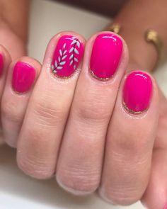 Love how these turned out!  • • • #boise #boisenails #nails #nailart #naildesign #gelpolish #gelmani #gelnails #nailsofinstagram…