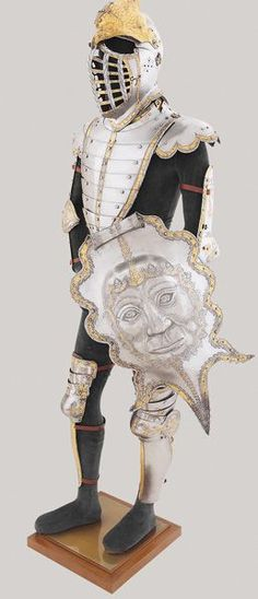 Desiderius Helmschmid, German, c. 1513–1579, Armor of Emperor Charles V, Haupsburg, c. 1525, etched and gilt steel, leather, Patrimonio Nacional, Real Armería, Madrid: