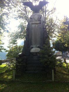 Monumento ai caduti a Triora