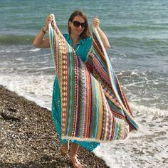 Ravelry: Seaside Stash Busting Blanket pattern by Eleonora Tully Simply Crochet, Double Crochet, Crochet Blanket Patterns, Crochet Stitches, Crochet Blankets, Crochet Afghans, Crochet Bunting, Crochet Squares, Crochet Granny